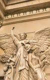 Escultura del ángel con las alas Fotos de archivo libres de regalías