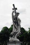Escultura del ángel en Roma, Italia Imágenes de archivo libres de regalías