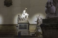 Escultura del grupo de Pasquino en el dei Lanzi de la logia en Florencia Imagen de archivo libre de regalías