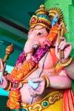Escultura del hombre del elefante en un templo hindú Imagen de archivo libre de regalías