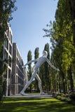 Escultura del hombre que camina en Munich, Alemania, 2015 Foto de archivo
