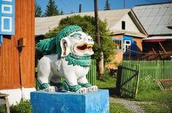 Escultura del león budista Foto de archivo libre de regalías