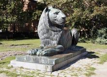 Escultura del león en Sofía, Bulgaria Imagen de archivo