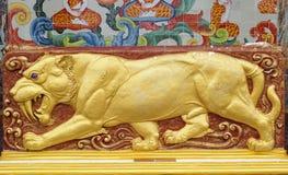 Escultura del tigre antiguo Imágenes de archivo libres de regalías