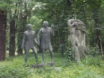 Escultura del vintage en el cementerio de Budapest, Hungría fotos de archivo libres de regalías