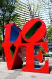 Escultura do AMOR em Shinjuku Fotografia de Stock Royalty Free