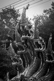 Escultura do dragão de um templo chinês imagem de stock