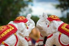 Escultura do elefante branco em Tailândia Fotografia de Stock Royalty Free