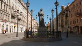 Escultura do escritor famoso do russo de Gogol na rua de Malaya Konushennyaya - tiro próximo Foto de Stock Royalty Free