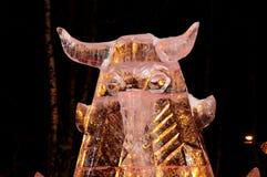 Escultura do gelo de um dragão Fotografia de Stock Royalty Free