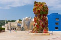 Escultura do museu e do cachorrinho de Guggenheim Fotos de Stock