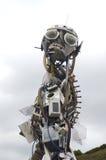 Escultura hecha fuera del detrito de la humanidad Eden Project Tom Wurl imágenes de archivo libres de regalías