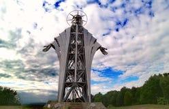 Escultura hecha por Zawaczky Gualterio La escultura más alta que representa a Jesús de Europa, de Lupeni, Rumania fotografía de archivo libre de regalías