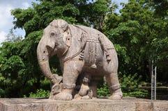 Escultura hermosa del elefante, templo Konark del sol Imágenes de archivo libres de regalías