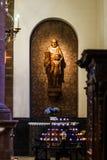 Escultura hermosa en iglesia vieja Imagen de archivo