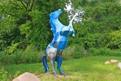 Escultura modelada azul del caballo Foto de archivo