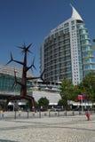 Escultura moderna da construção e da arte moderna Fotografia de Stock Royalty Free