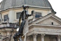 Escultura na praça del Popolo Imagem de Stock