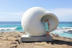 Escultura por el mar - cámara acústica Foto de archivo
