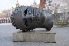 Escultura principal Eros Bendato no mercado pelo artista polonês Igor Mitoraj Fotografia de Stock