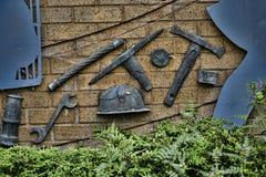 Escultura que celebra las industrias en Burnley Lancashire Fotos de archivo