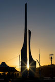 Escultura que representa Oifa e Strongbow na plaza do milênio Imagens de Stock
