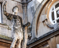 Escultura romana antigua en el baño, Reino Unido Fotografía de archivo