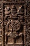 Escultura tallada de madera de la diosa Fotos de archivo libres de regalías