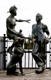 Escultura urbana, en la bahía de Cardiff. País de Gales. Reino Unido. Imagen de archivo libre de regalías