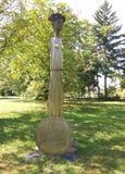 Escultura victoriosa del hierro del extracto de la mujer Imagenes de archivo