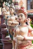 Esculturas de Apsara no templo cambojano Imagem de Stock