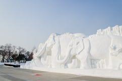 Esculturas de nieve en el hielo de Harbin y el festival de la nieve en Harbin China Imágenes de archivo libres de regalías