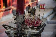 Esculturas de pedra dos dragões em um lugar de culto Confucius em T Imagem de Stock