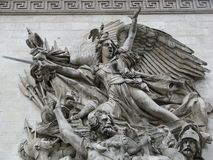 Esculturas del arco francés de Triump imagenes de archivo