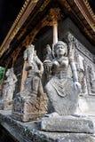 Esculturas del guarda del templo de un templo hindú de Balinesse Fotos de archivo