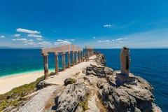 Esculturas e colunas no estilo grego na ilha Fotrune, Imagens de Stock