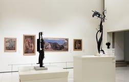 Esculturas e imagens no salão da arte moderna Fotografia de Stock Royalty Free