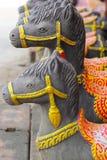 Esculturas, estatuas del caballo - en Tailandia. Fotografía de archivo