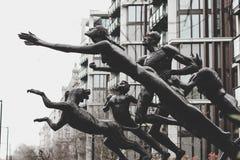 Esculturas expresivas en Londres Fotos de archivo libres de regalías