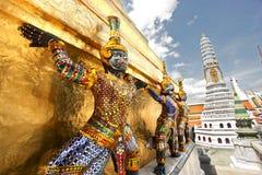 Esculturas grandes do palácio imagens de stock royalty free