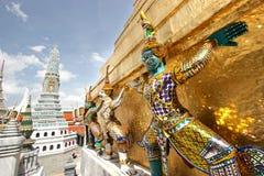 Esculturas grandes do palácio imagens de stock