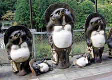 Esculturas japonesas do tanuki Fotografia de Stock Royalty Free