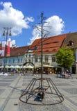 Esculturas modernas em Piata Mare Place em Sibiu fotos de stock royalty free