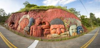 Esculturas que representan el inca y la forma de vida indígena india, C Foto de archivo libre de regalías