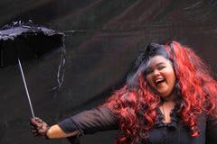 Escuridão gótico do verão da mulher Foto de Stock Royalty Free