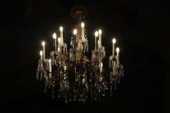 Escuridão illuminating de cristal do dispositivo bonde de iluminação fotografia de stock