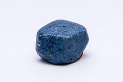 Escuro - brilhante precioso mineral da joia azul da gema de pedra preciosa Foto de Stock Royalty Free