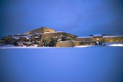 Escuro e frio em fredriksten a fortaleza (o sob-dragão) Imagens de Stock Royalty Free