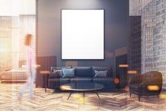 Escuro - sala de visitas cinzenta e concreta, cartaz tonificado Foto de Stock Royalty Free