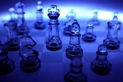 Escuro - tabuleiro de xadrez de vidro azul Foto de Stock Royalty Free